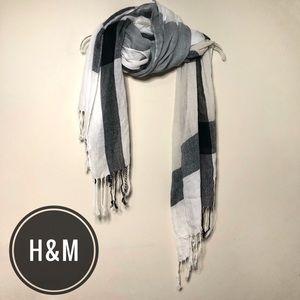 H&M White & Gray Plaid Scarf